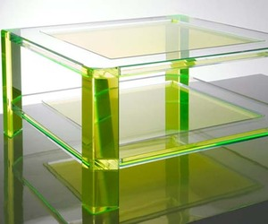 Radiant-acrylic-coffee-tables-by-alexandra-von-furstenberg-m