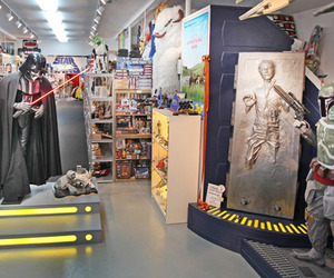 Rancho-obi-wan-star-wars-shrine-m