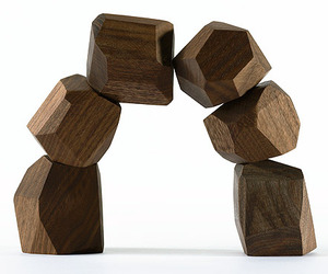 Reclaimed-walnut-blocks-m