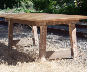 Reclaimed-wood-table-by-ivory-bill-furniture-2-m