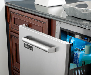 Refrigerated-cabinets-for-the-bathroom-m