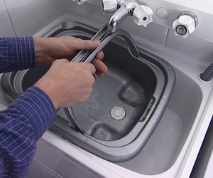 Removable-biodegradable-plastic-sink-m