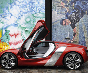 Renault-dezir-battery-powered-supercar-m