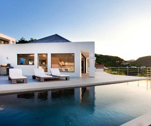 Residence-with-ocean-views-villa-avenstar-m