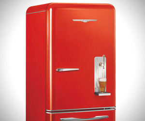 Retro-refrigerator-with-built-in-draft-system-m