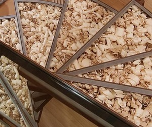 Reuse-of-scrap-wood-shavings-m