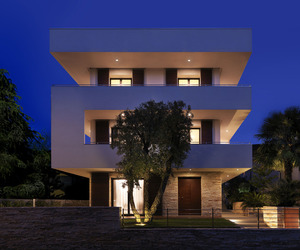 Rgr-house-by-archinow-m