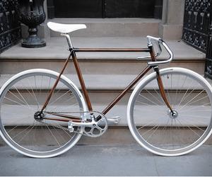 Robs-woodgrain-bike-frames-m