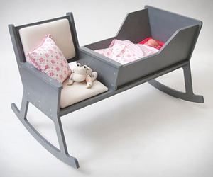 Rockid-rocking-chair-and-cradle-in-one-m