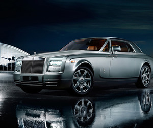 Rolls-royce-phantom-coupe-aviator-collection-m