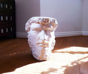 Roman-inspired-bust-speakers-m