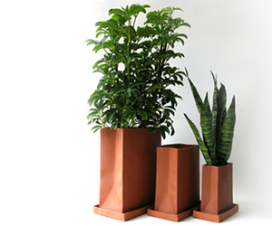 Romi Hefetz | Ceramic Shopping Bag Planters
