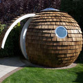 Round-and-radical-prefab-office-pod-s