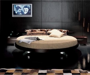 Round Bed from Prealpi