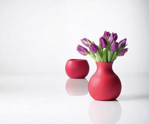 Rubber-unique-flower-vase-by-menu-m