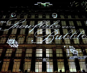 Saks-fifth-avenue-3d-holiday-light-projection-videos-2-m