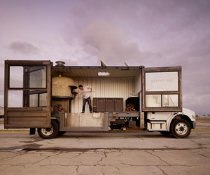 San-francisco-shipping-container-food-truck-m