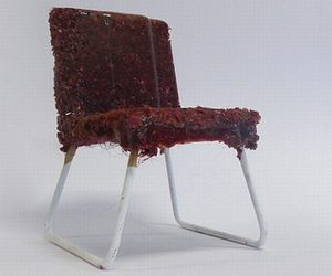 Scary-chair-made-from-human-hair-m