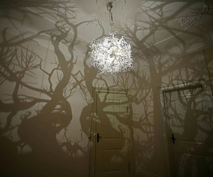 Sculptural-chandelier-creating-a-mysterious-atmosphere-m