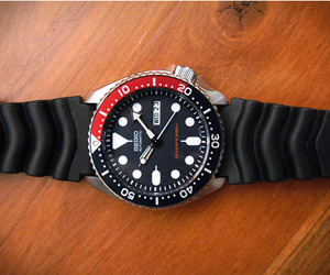 Seiko-classic-divers-watch-m