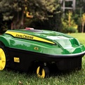 Self-powered-lawn-mower-by-john-deere-s