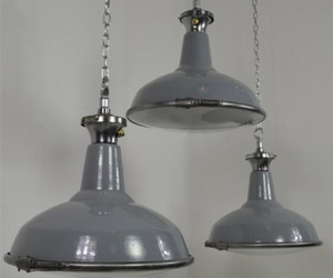 Set-of-3-grey-pendants-with-convex-glass-m