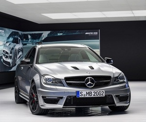 Share-it-mercedes-benz-c63-amg-edition-507-m