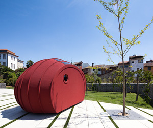 Shelter-bygg-sleeping-in-a-sustainable-itinerant-sculpture-m
