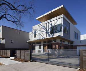 Shift-top-house-by-meridian-105-architecture-m