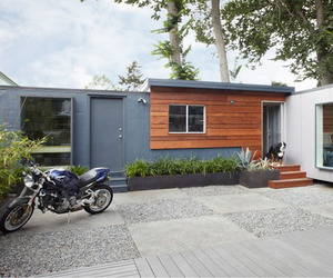 Shipping-container-conversion-by-building-lab-inc-m