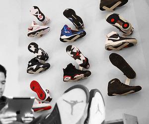 Shrine-sneaker-rack-m