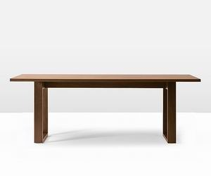 Simple-wood-table-m