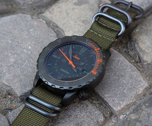 Sinn-x-solebox-u2-watch-m