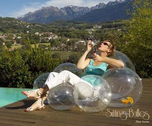 Sitting-bulles-a-balloon-packed-lounger-by-marie-galoyer-m
