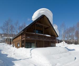 Ski-chalet-in-niseko-japan-m