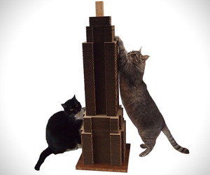 Sky-scratcher-pet-furniture-m