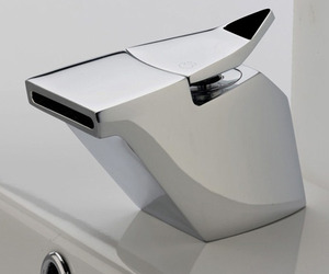 Sleek-modern-faucets-by-ib-rubinetterie-m