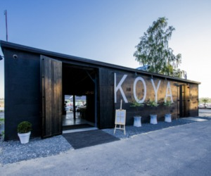 Sleek-rustic-design-of-koya-restaurant-and-lounge-3-m