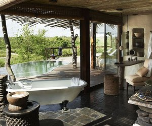 Sngita-boulders-lodge-in-sabi-sand-game-reserve-m