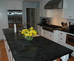 Soapstone-countertop-artisan-group-m