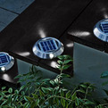 Solar-powered-deck-lights-s