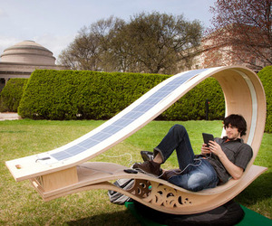 Solar-powered-sun-lounger-m