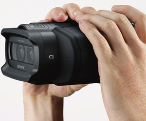Sony-digital-recording-binoculars-m