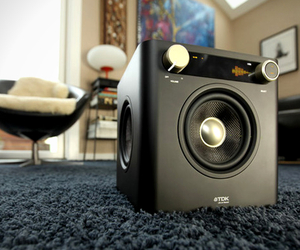 Sound-cube-audio-system-by-tdk-m