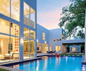 Spectacular-residence-on-lakehurst-avenue-m