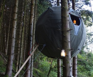 Spherical-tent-for-the-forest-m