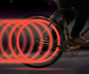 Spokelit-bicycle-light-m