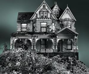 Spooky-victorian-lego-homes-by-mike-doyle-m