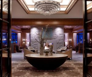 St-regis-aspen-resort-interiors-by-rottet-studio-m
