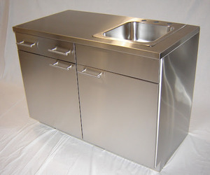 Stainless Steel Sinks And Countertops : Stainless Steel Cabinetry, Countertops and Sinks